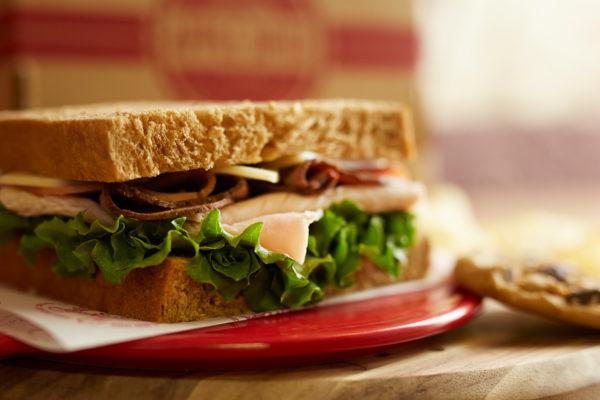 box lunch sandwich cookie