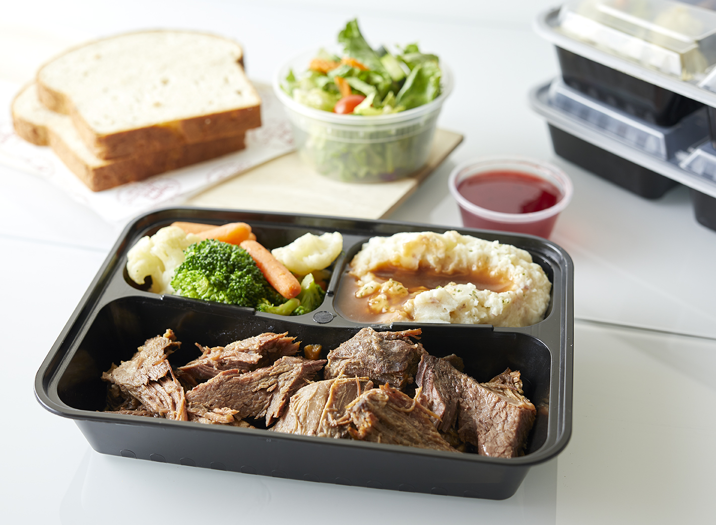 Apple Spice Boxed Roast Beef Catering Entrée